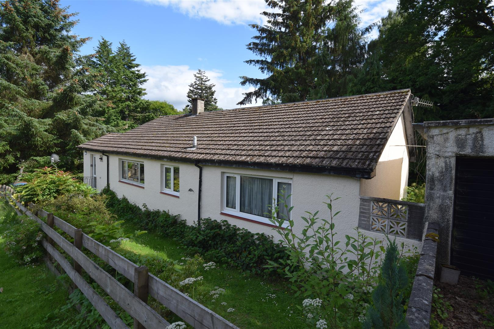 1, Dixon Terrace, Pitlochry, Perthshire, PH16 5QX, UK